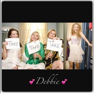 Debbie 💗
